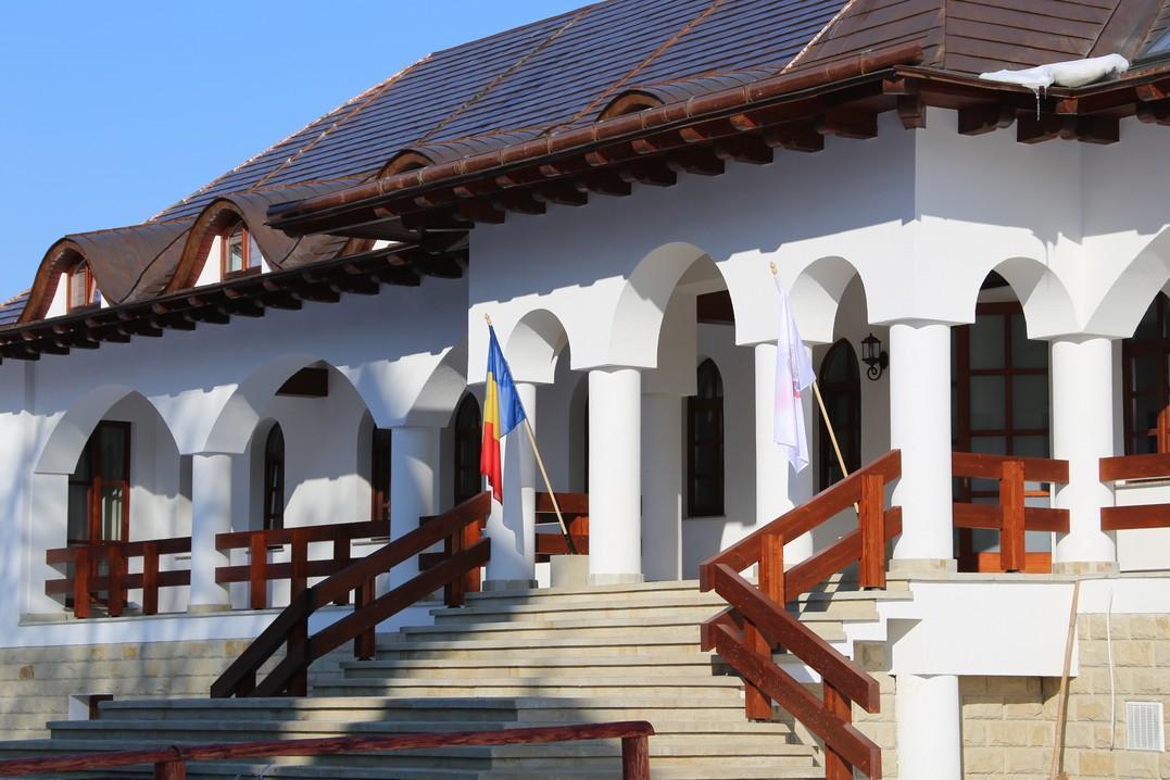 sediu-nou-arhiepiscopia-sucevei-foto-cristian-turculet_2
